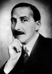 circa 1940: Stefan Zweig (1881 - 1942) the writer, poet and translator of Ben Johnson. He was born in Austria but became a British citizen in 1940. He died by his own hand. (Photo by Hulton Archive/Getty Images)